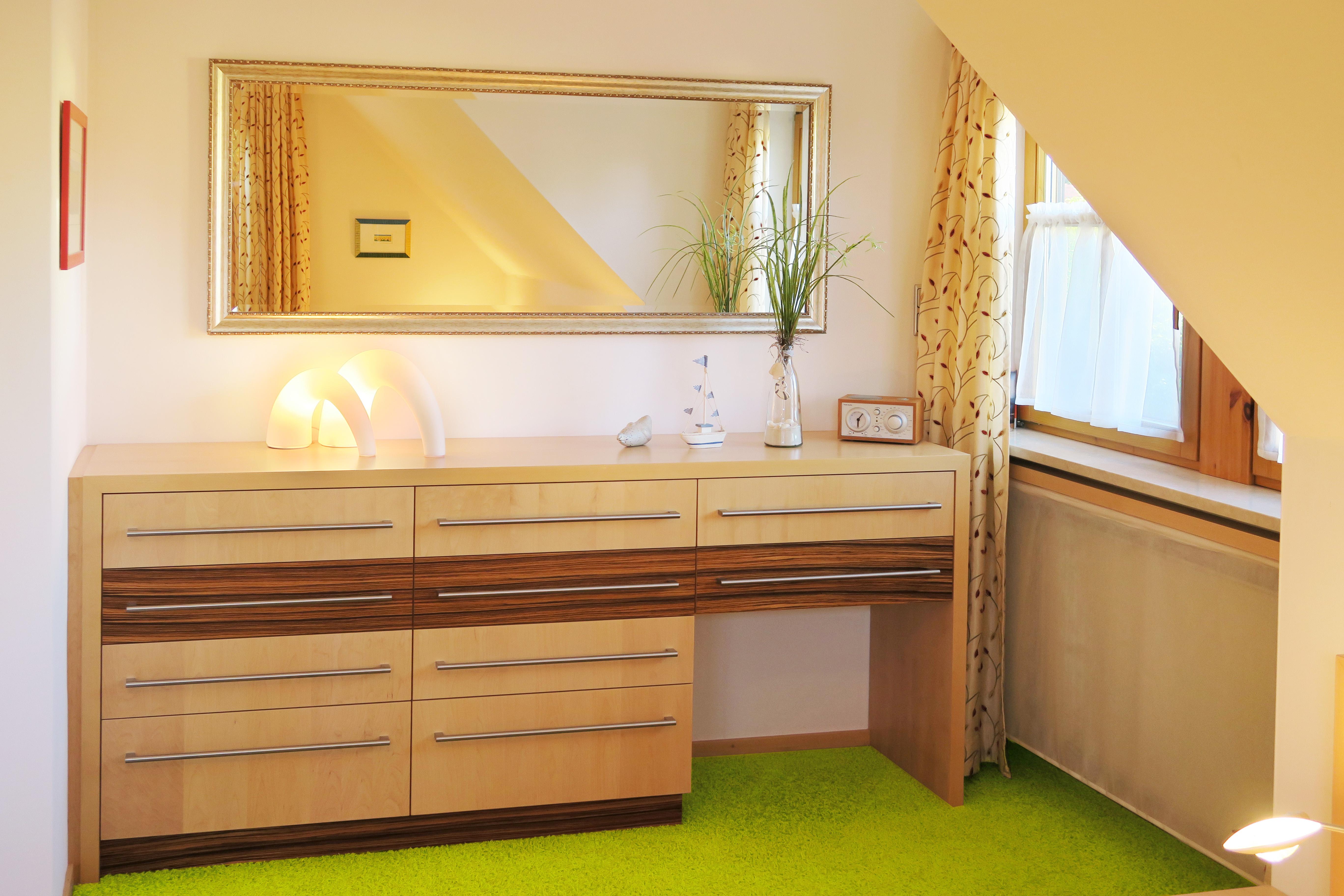 Sideboard im Schlafzimmer